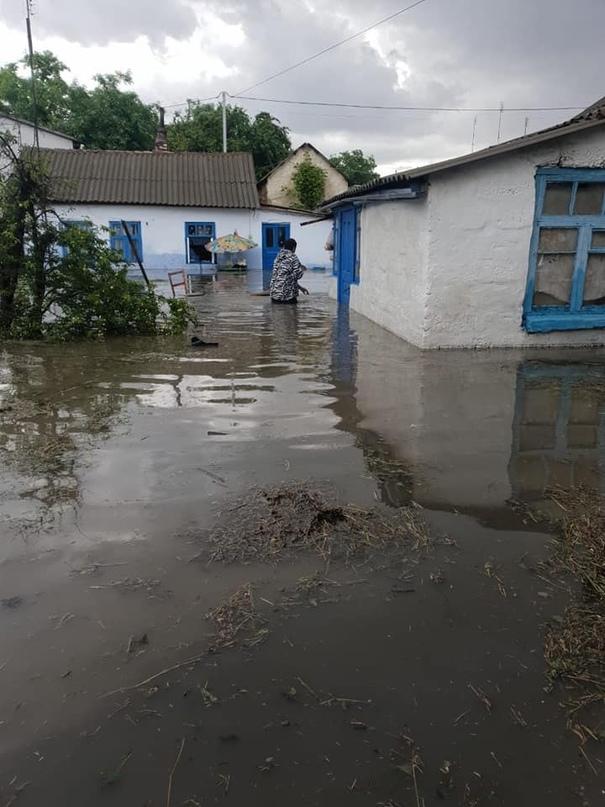Саки частично затопило