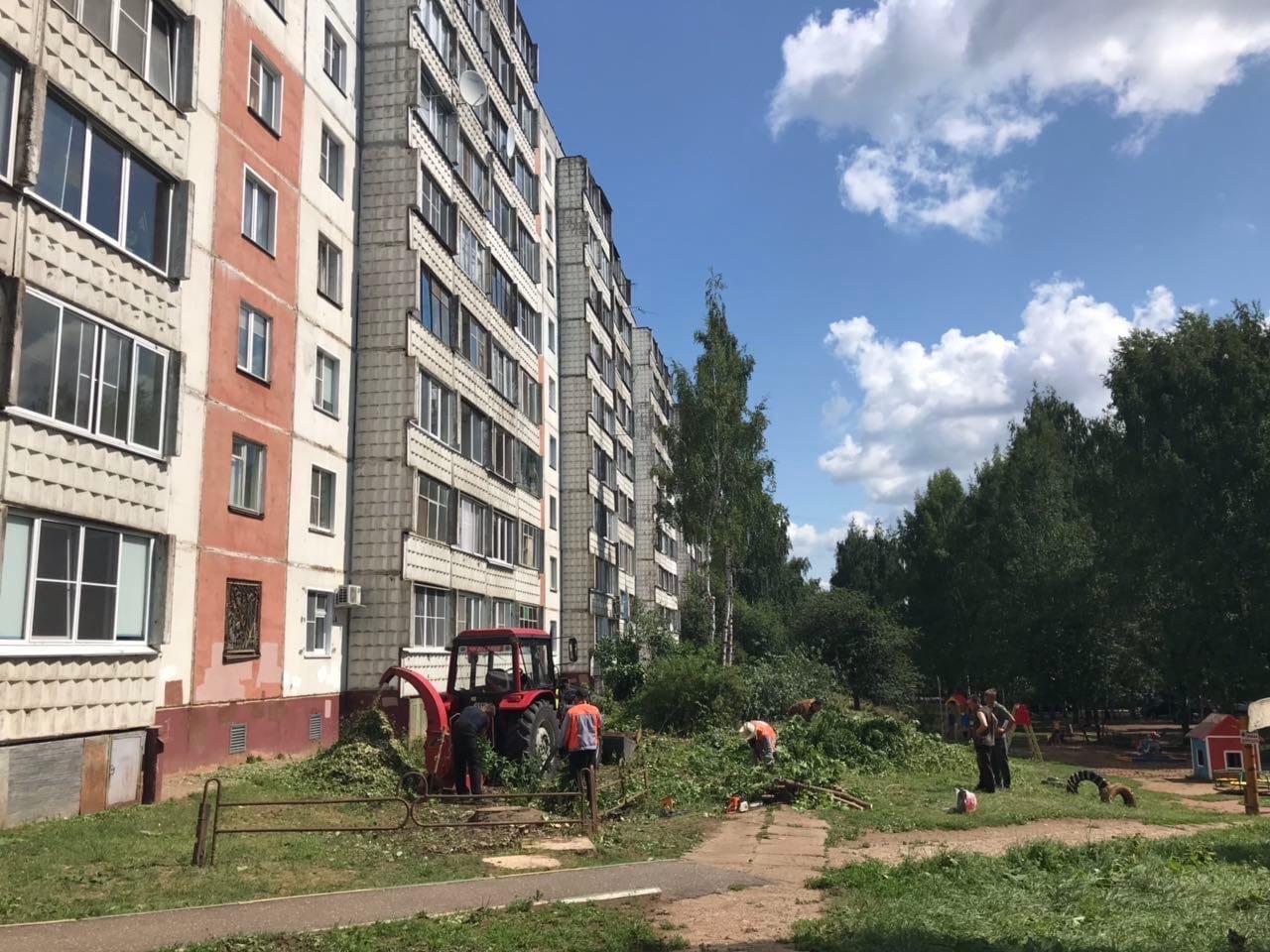 Дробление веток и вывоз тюлек улица Конева