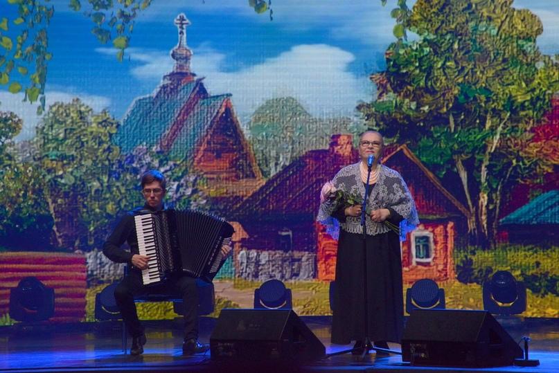 Народная артистка России Нина Усатова исполняет песню из кинофильма