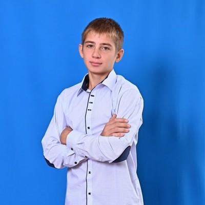 Руслан Костенко