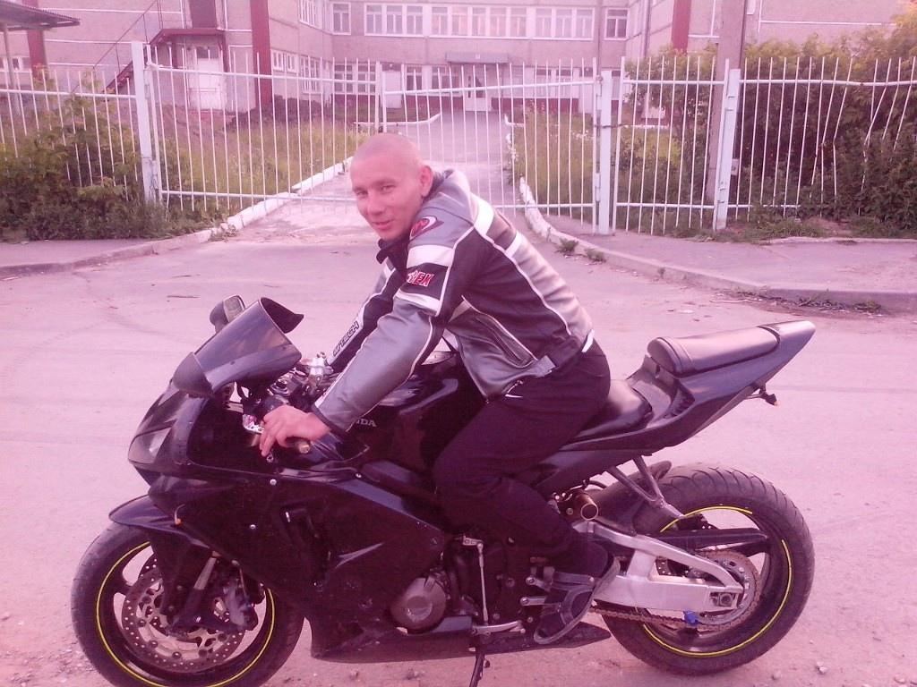 Алексей, 35, Berezniki
