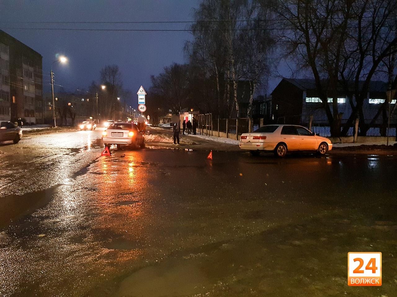 ДТП на перекрёстке ул. Шестакова и Грибоедова