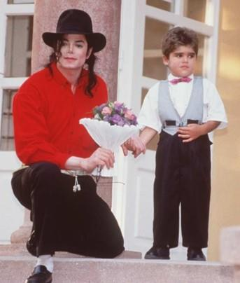 Майкл и дети, изображение №2