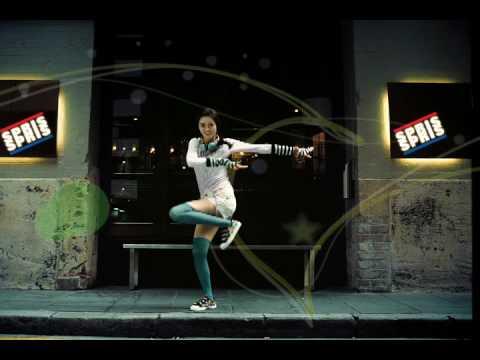 [CF] Kim Bum Goh Ara - Spris 2009 Style Mate (15 sec.)