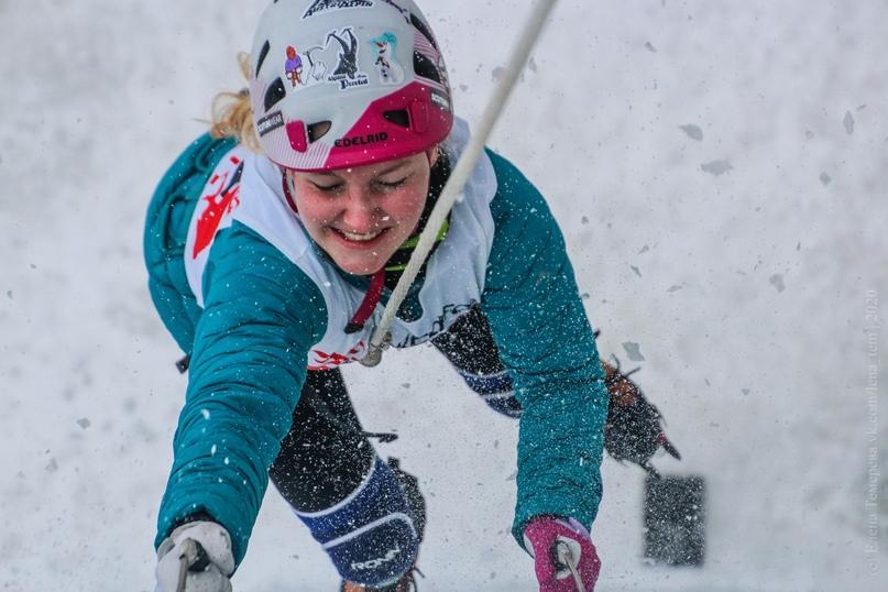 Главные отечественные ледолазные старты сезона финишировали в городе Кирове в минувшие выходные – чемпионат и первенство России по альпинизму. Всем было что доказывать и что терять…, изображение №57