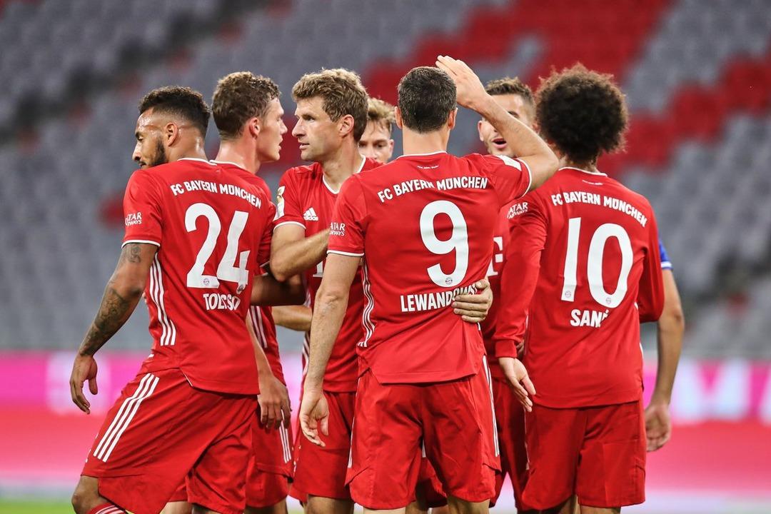 Бавария - Шальке-04, 8:0