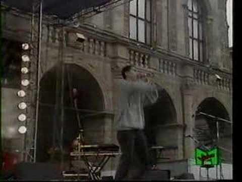 NUOVI BRIGANTI - U cchiu beddu suli - Live in Bologna - 92